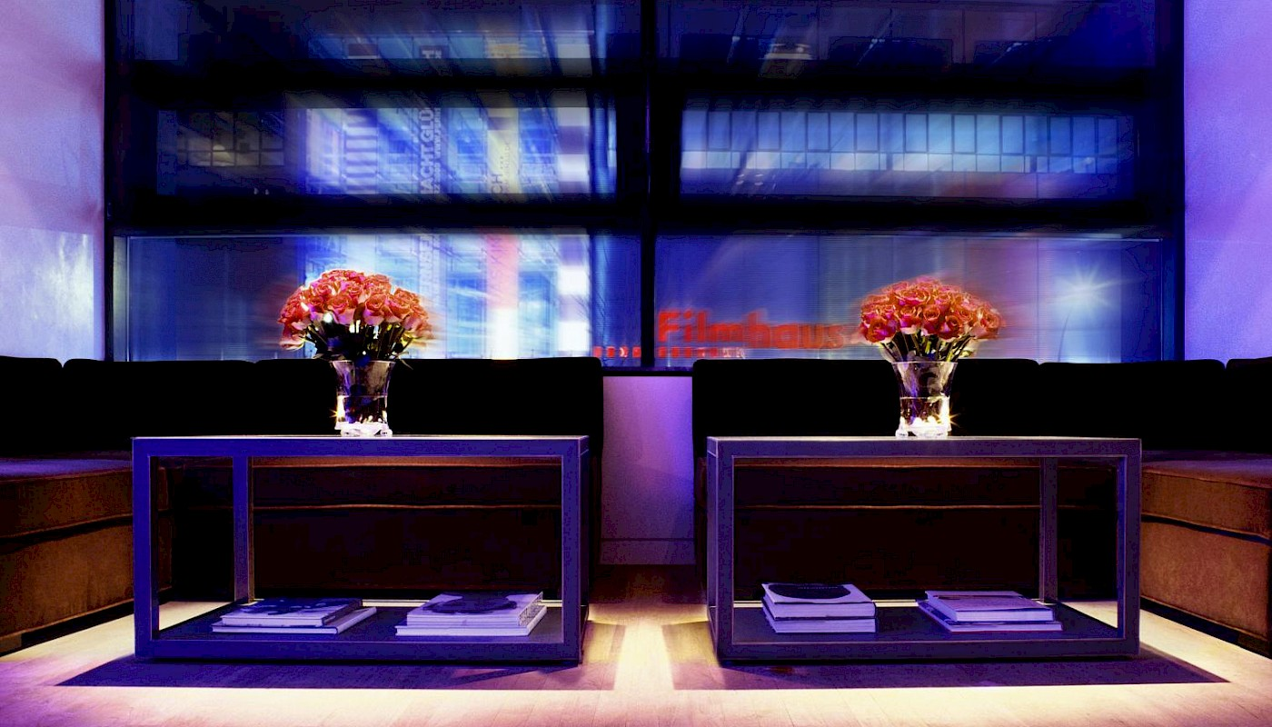 Take a seat in our QIU Bar & Restaurant and enjoy the pleasant atmosphere