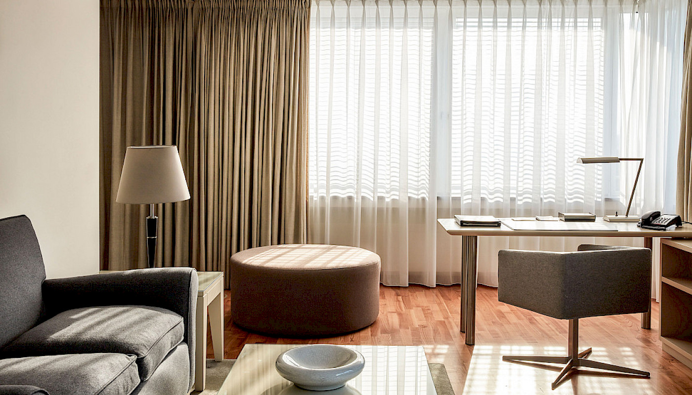 Come and enjoy Berlin in our bright Executive Suites at THE MANDALA HOTEL