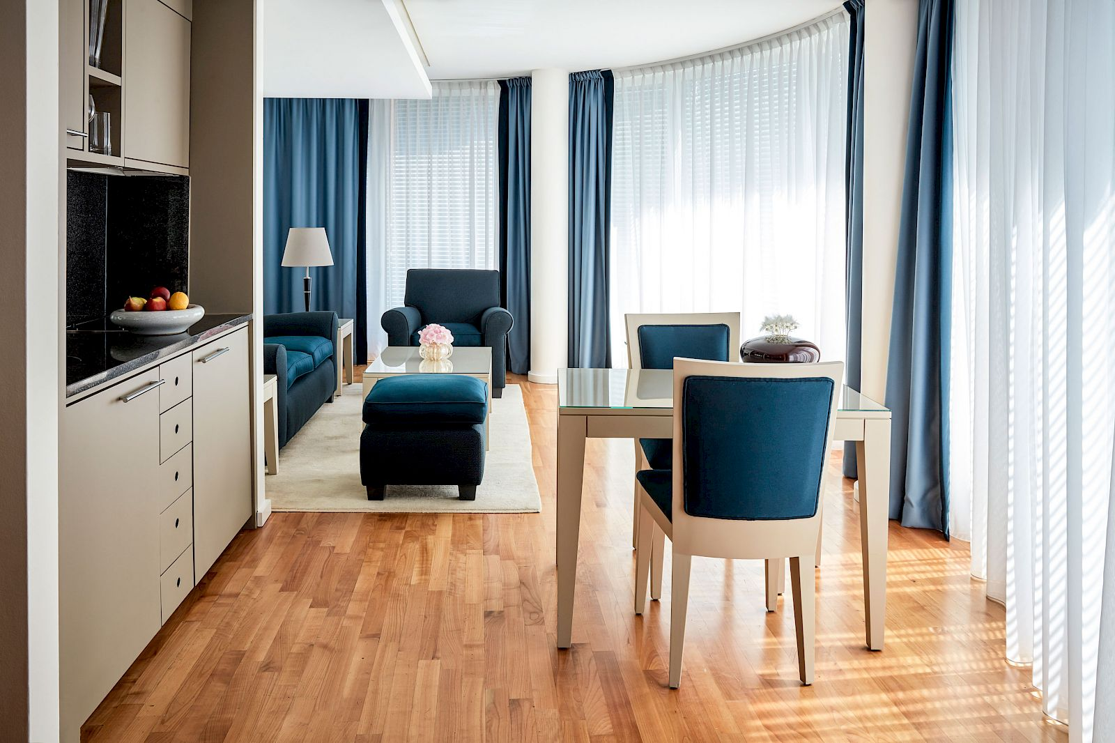 Enjoy your days in Berlin at Potsdamer Platz in our Mandala Suite